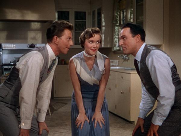 Donald O'Connor, Debbie Reynolds e Gene Kelly in Cantando Sotto la Pioggia