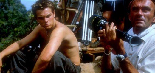 Leonardo DiCaprio e Danny Boyle in The Beach (2000) (via IMDB) recensione
