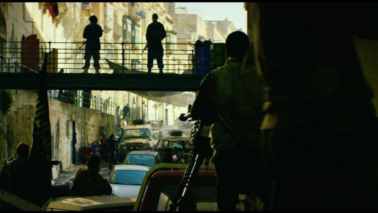-hours-the-secret-soldiers-of-benghazi-ecco-il-trailer-italiano-del-prossimo-film-di-michael-bay-233661-1280x720