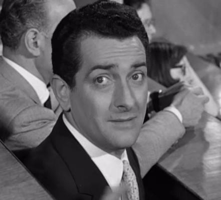 Riccardo Garrone ne Il momento più bello (1957)